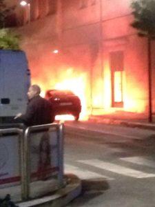 auto fiamme avezzano (2)