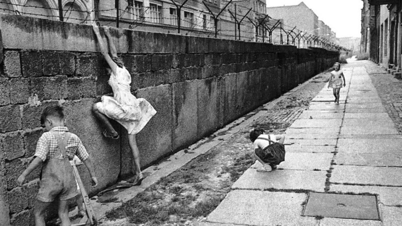 Come Abbattere Un Muro non muri ma ponti. a 27 anni dalla caduta del muro di