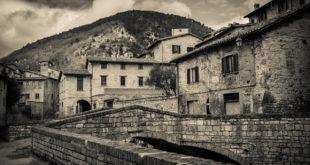 Scorcio urbano della città di Gubbio (PG)