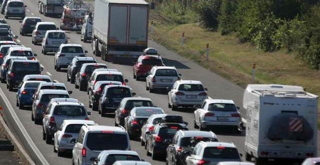 Compro auto incidentate, è boom di servizi