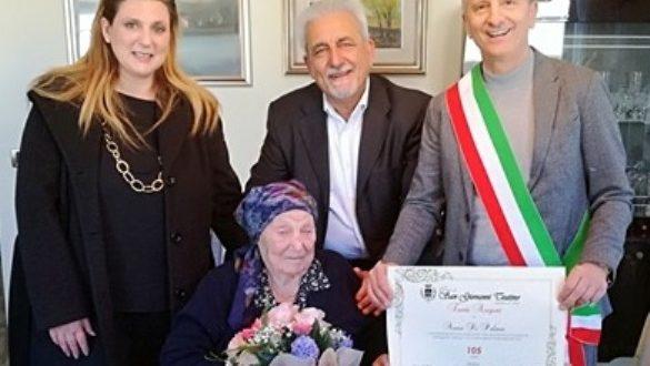 SAN GIOVANNI TEATINO. NONNA ANNA DI PALMA SPEGNE 105 CANDELINE